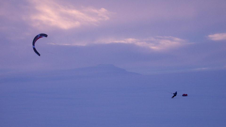 Michael Charavin Kite Ski Island